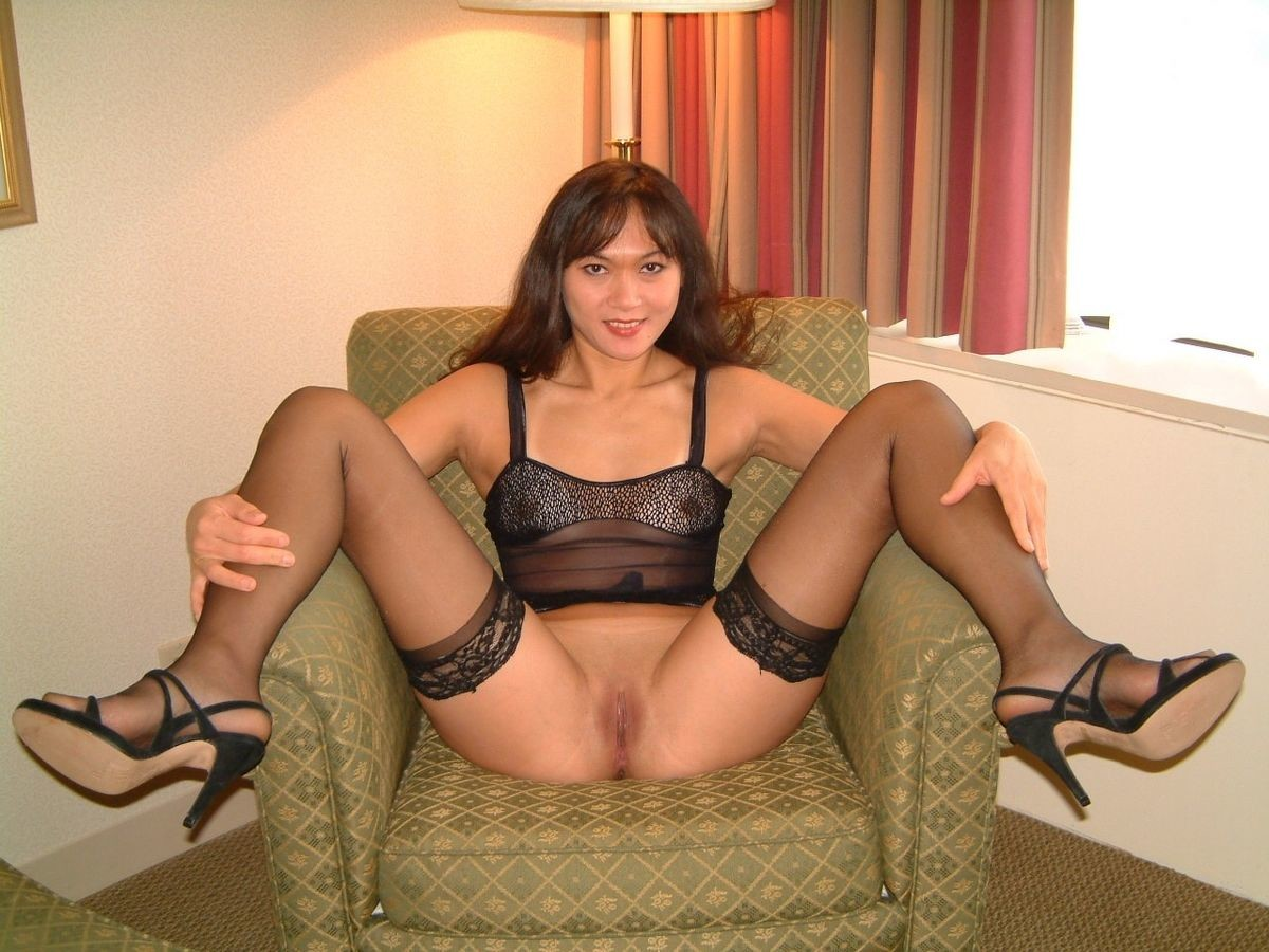 Amateur slut wife stockings