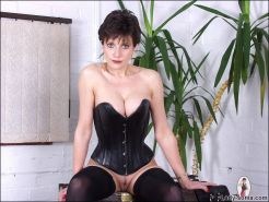 Milfs sexy leather corset boots