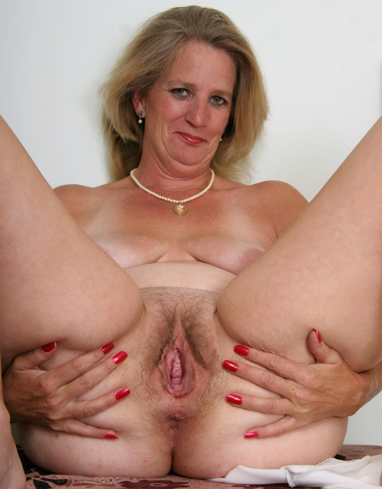 Fuzzy naked mature women