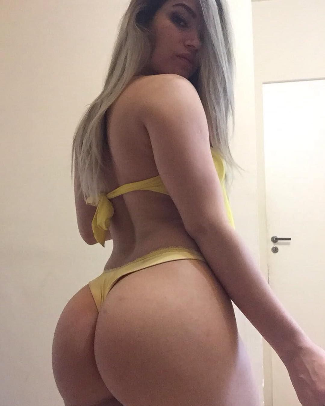 Sexy big ass white girls