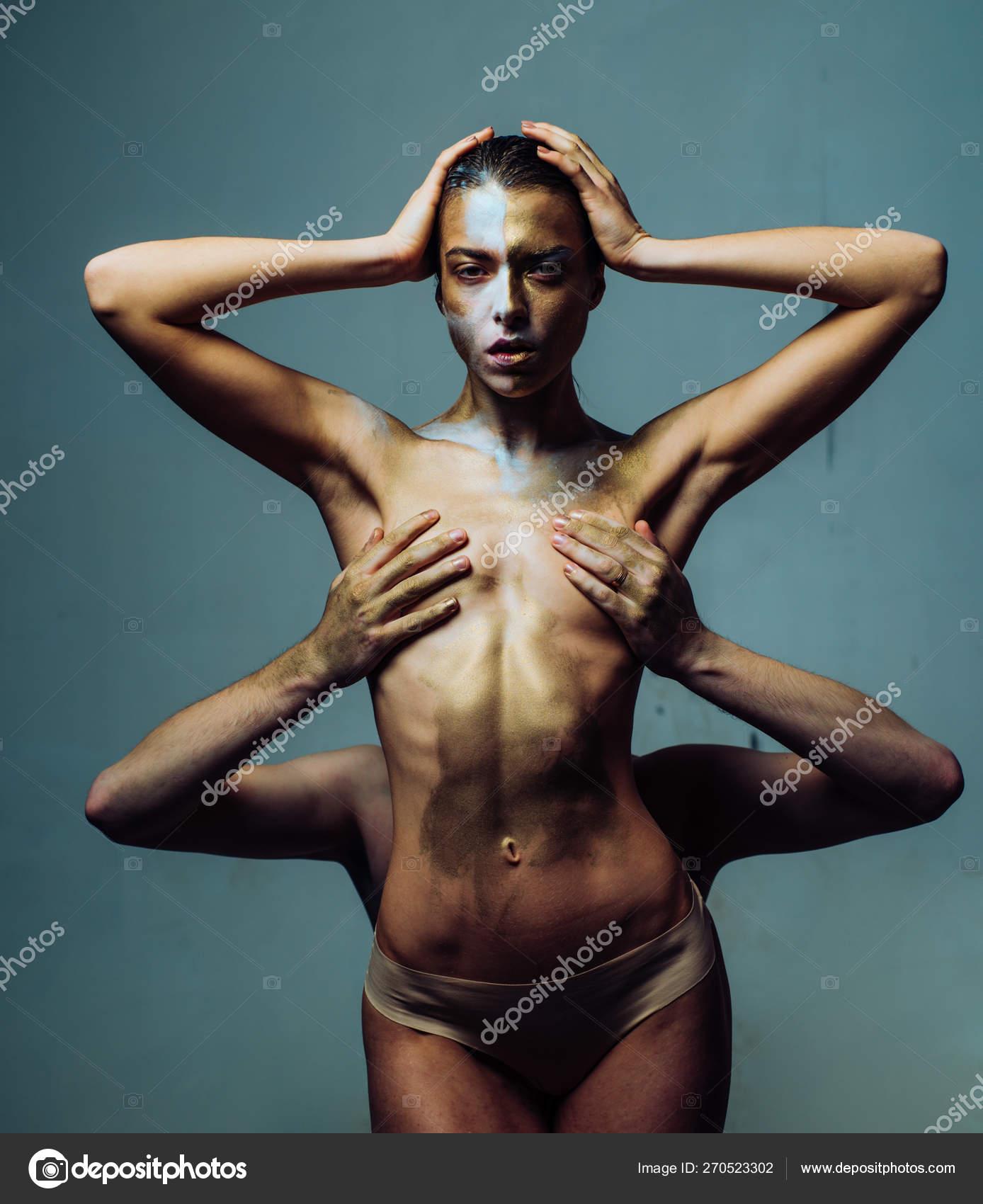 Hot naked girls niples