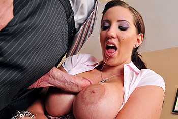 Brazzers kelly divine garage