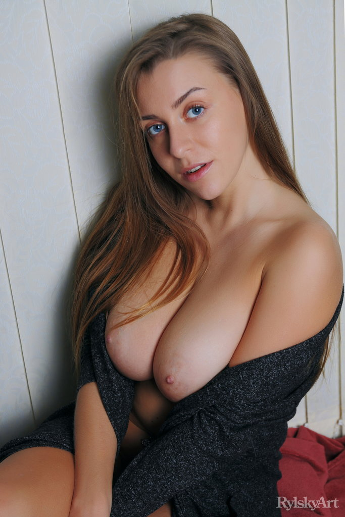 Nude perfect women with perfect tits