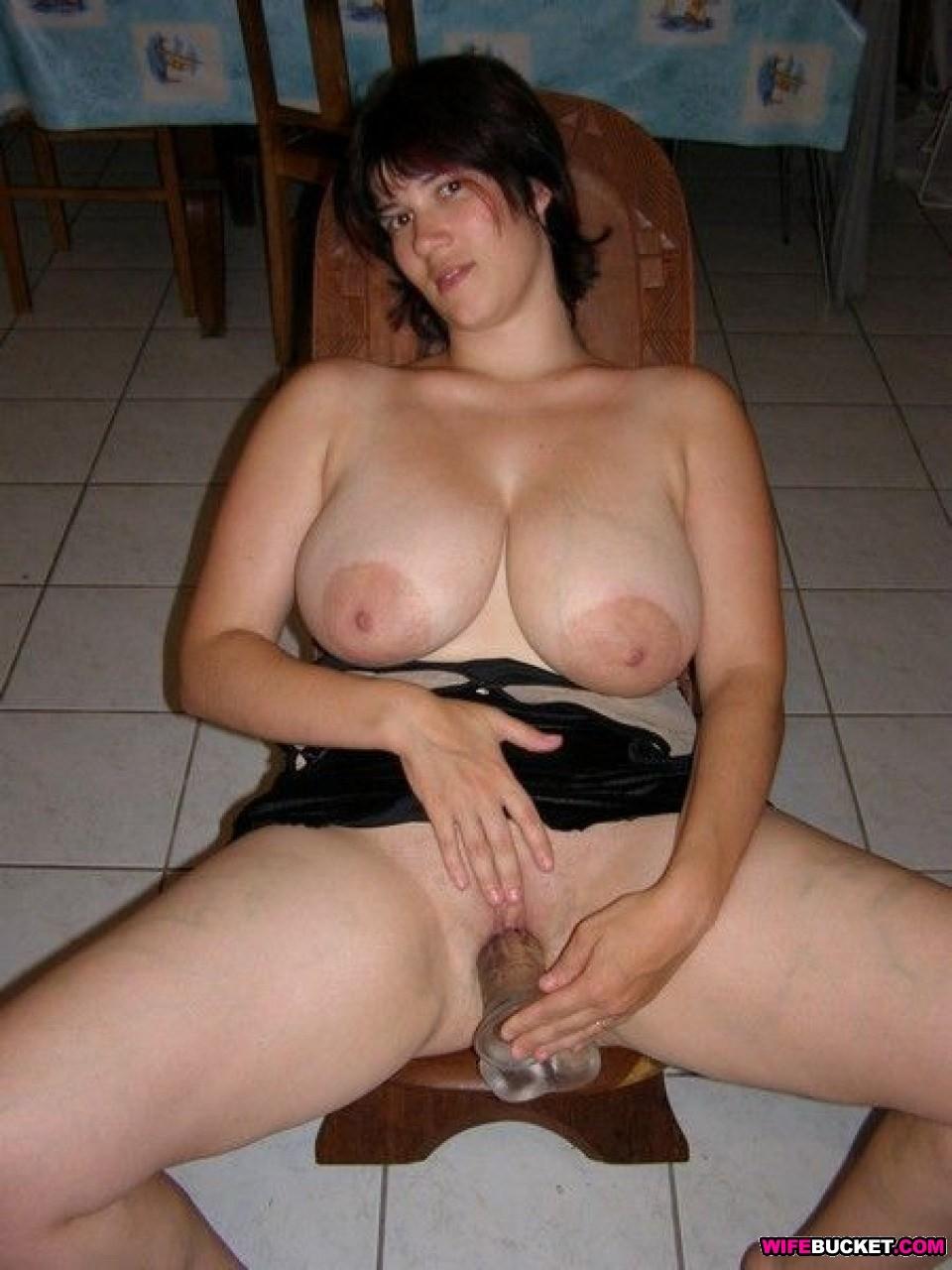 Amateur wife big boobs having sex