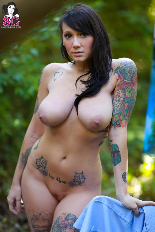 Phecda suicide girl naked