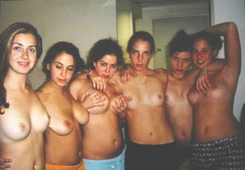 Www, naked. girl, college