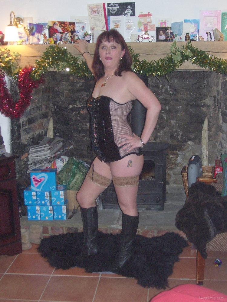 Amateur slut wife stockings