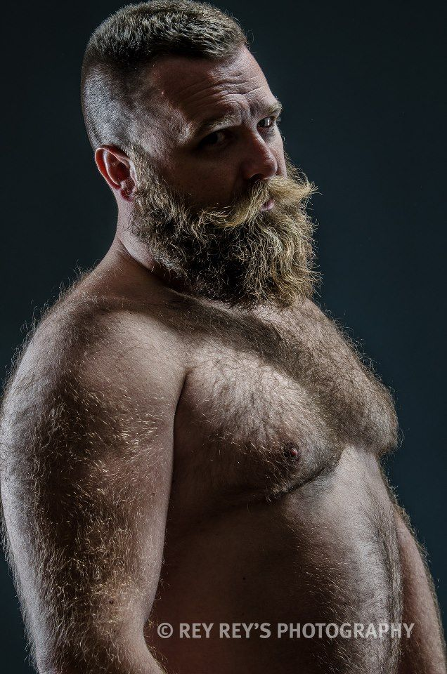 Men with very hairy bodies