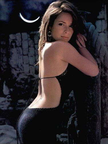 Holly marie combs in a bikini