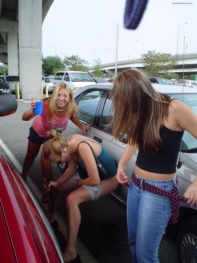 Naked girls public peeing