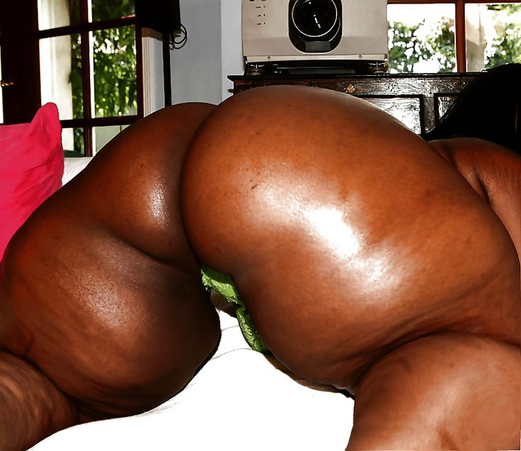 Naked big booty black women