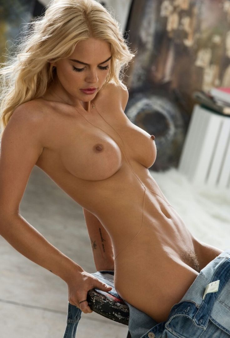 Sexy blonde girls naked