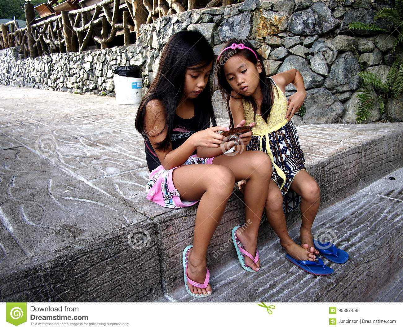 Young filipino girls philippines