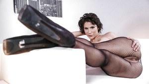 Gorgeous brunette girl nude