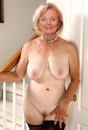 Mature women pierced nipples nude Mature Ladies With Pierced Nipples Teen Cameltoe