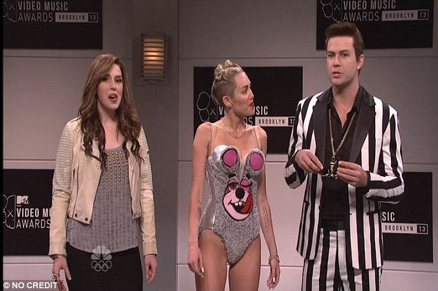 Snl cast nude pictures