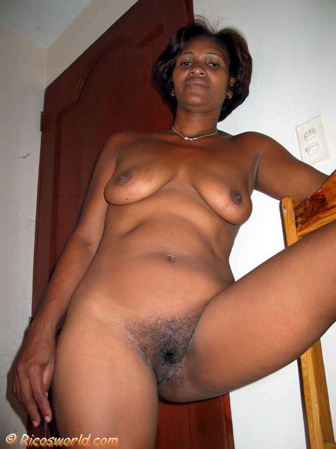 Old black grannys pussy