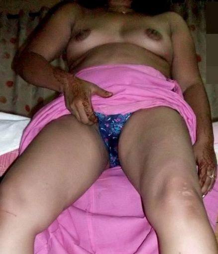 Pic aunty desi hairy bhabhi nude xxx