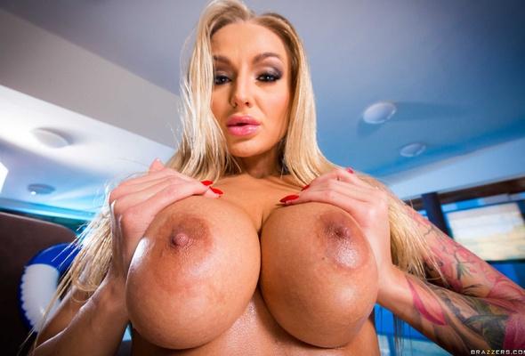 Big. boobs. bikini. xxx. co.