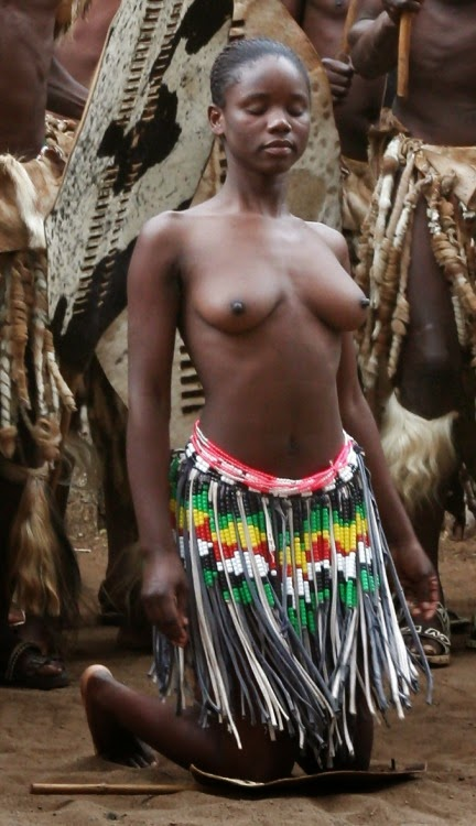 Naked african tribe girl pussy