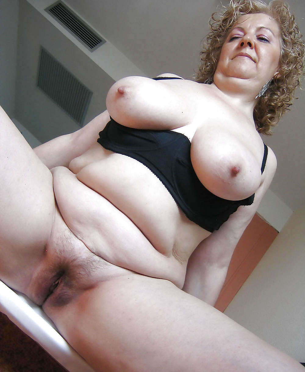 Ass fucking mature hairy pussy