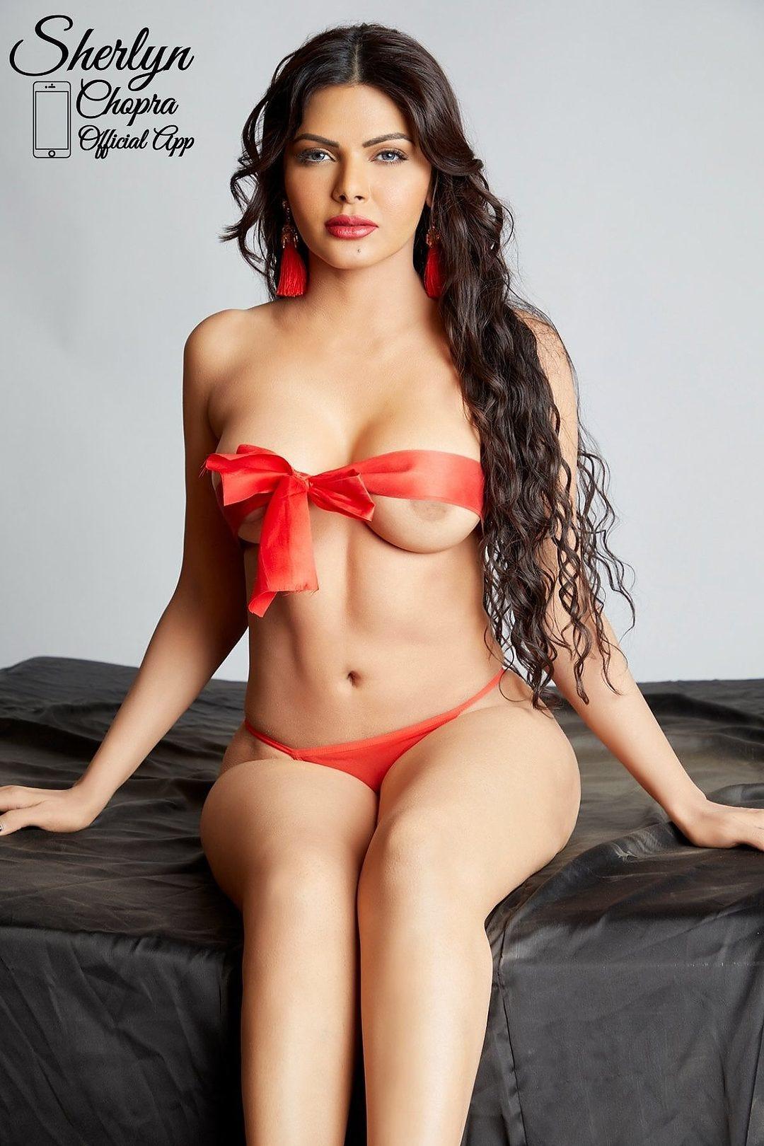 Sherlyn chopra indian actress