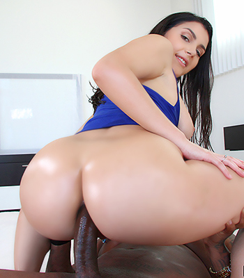 Big booty asian pussy fucked