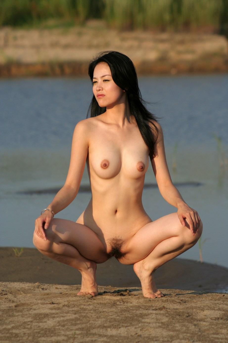 China beautiful model show pussy
