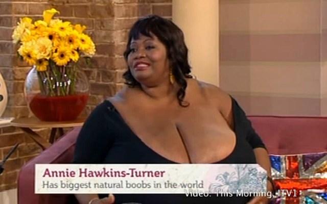 World biggest bra size