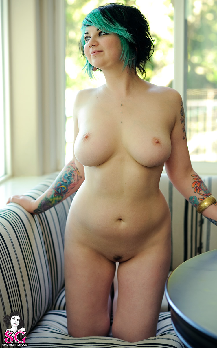 Suicide girls quinne nude