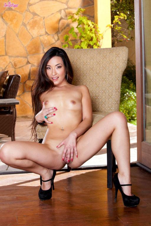 Miko sins in lingerie