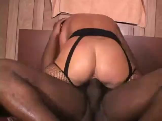 Homemade amateur cuckold wife interracial