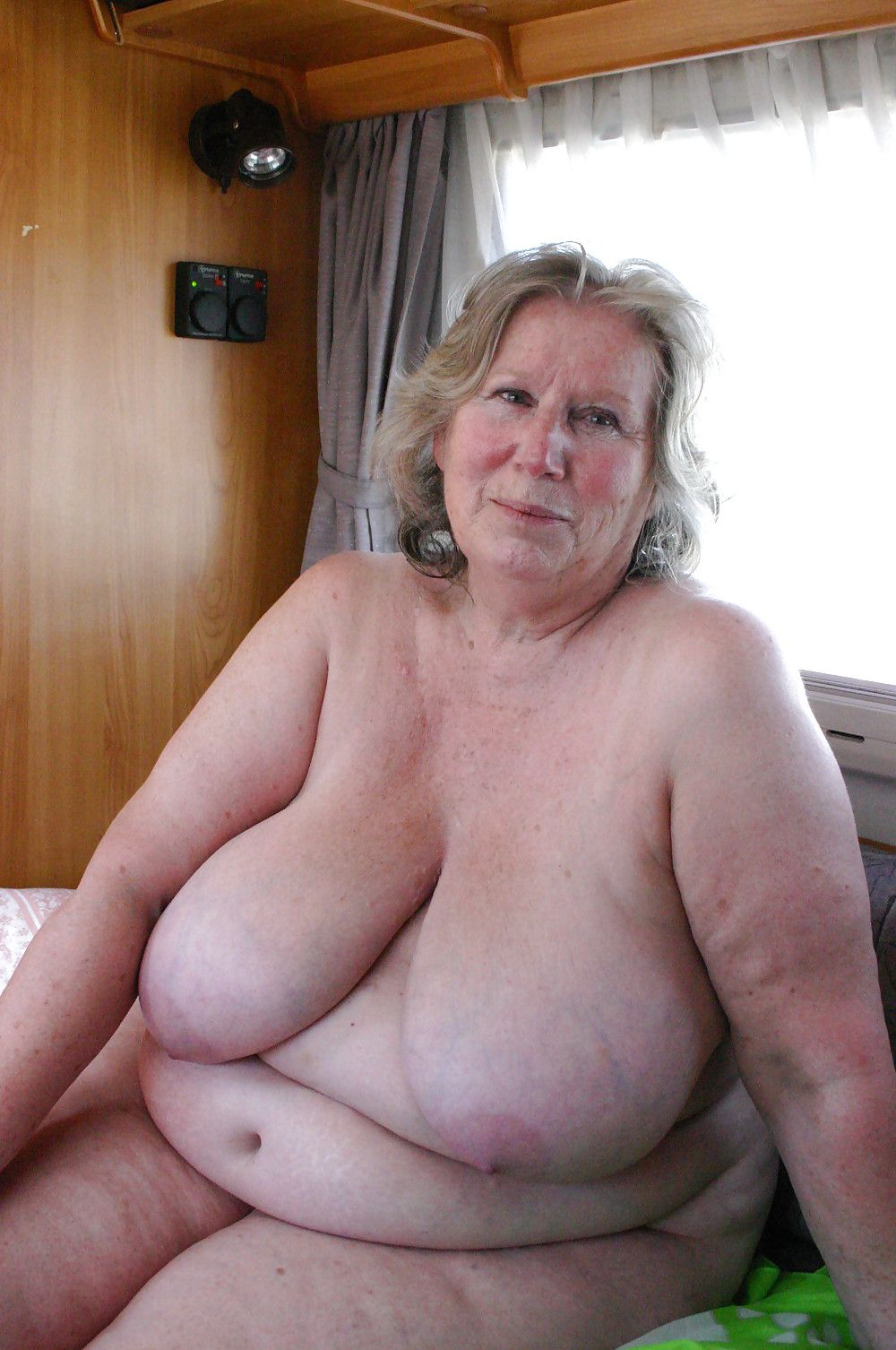 Pictures of old fat grannies naked