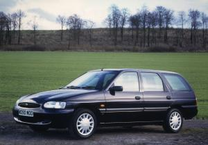 Ford escort lx sedan