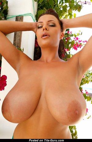 Nude glamour big tits