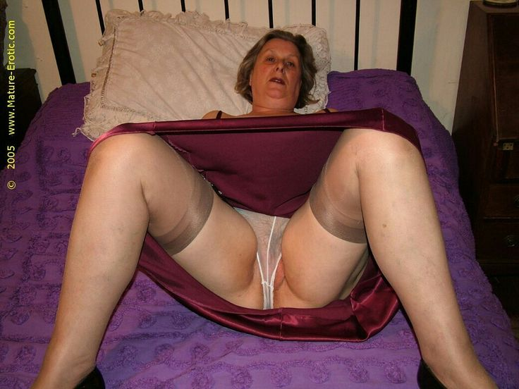 Sexy hairy stockings upskirt