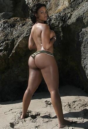 Big ass short porn pic7