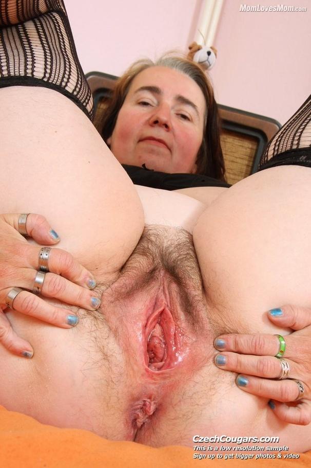 Big momma with big black pussy