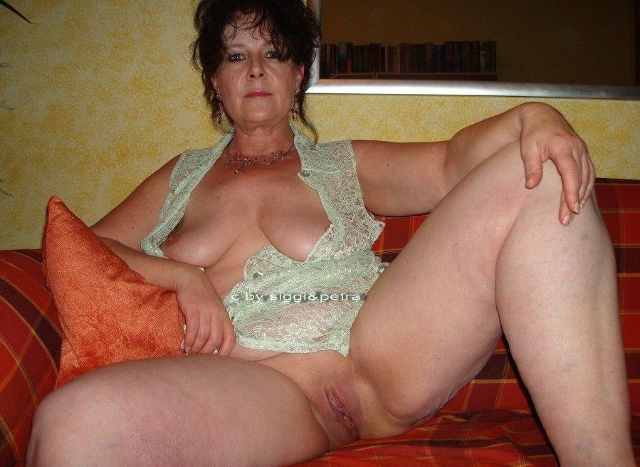 Nude mature older women naked
