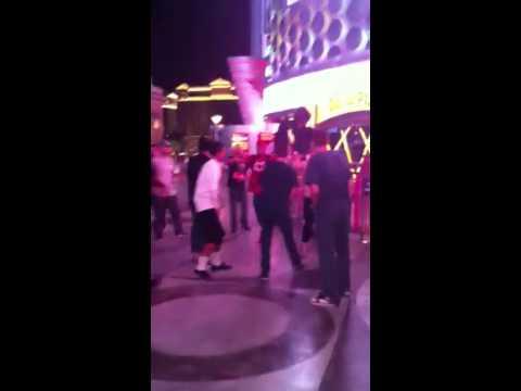Las vegas strip fight