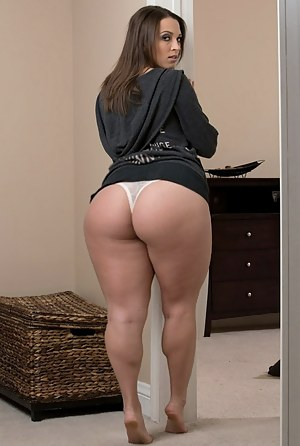 Huge big booty naked ass