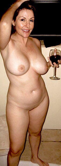 Full figured women nude sex