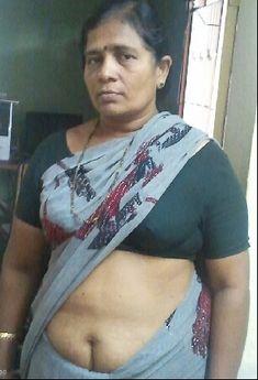 Home mom naked desi mature around