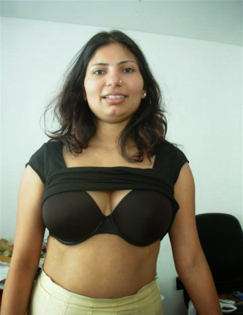 Indian old year hot bhabhi pic