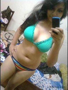 Indian fat bhabhi in bra and penty