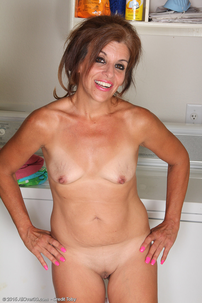 Tiny tits amateur porn