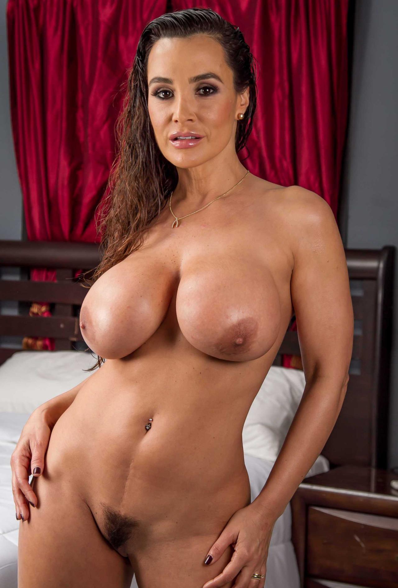 Lisa ann nude pics