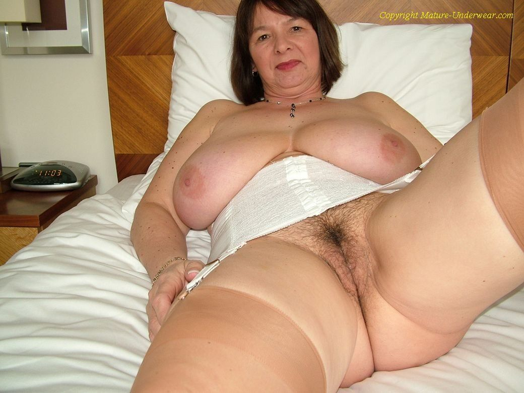 Imagefap. com user favorites curvy mature