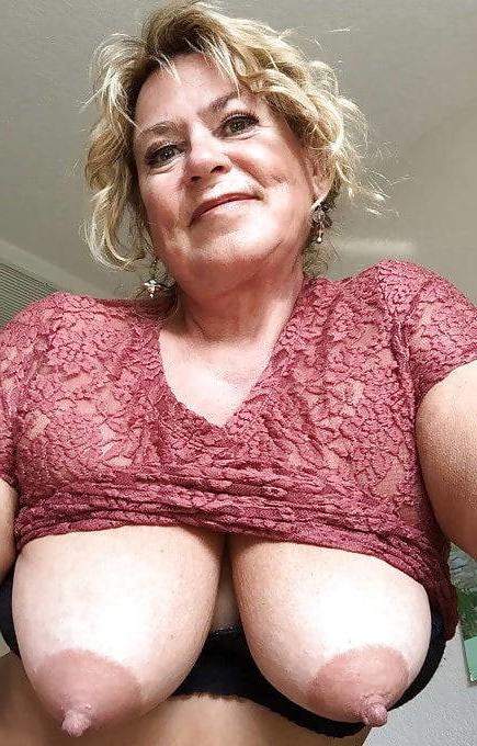 Mature big tits galleries