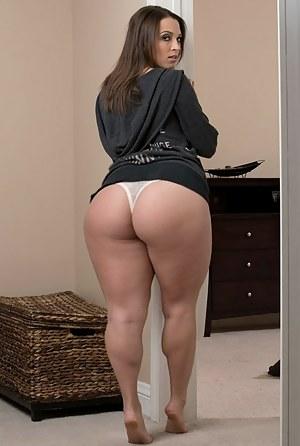 Super naked black beauty booty